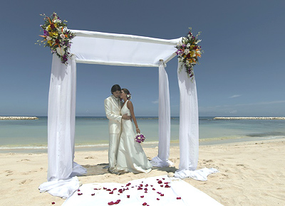 Our Wedding at Grand Palladium Lady Hamilton Resort & Spa
